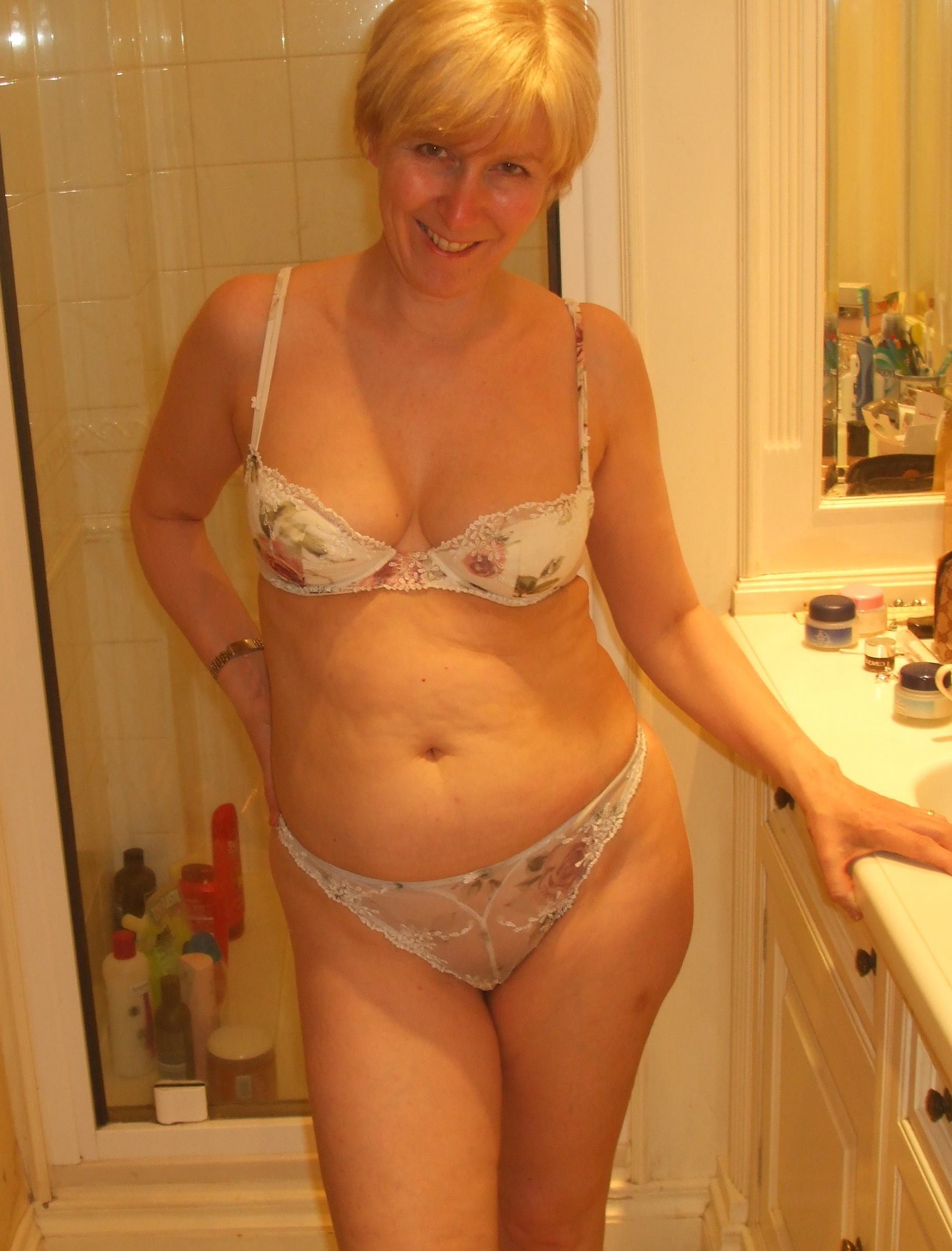 Sex 60 oma Granny Sluts